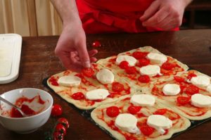 domácí-pizza-kurz-vaření-2-2018-gurmanista